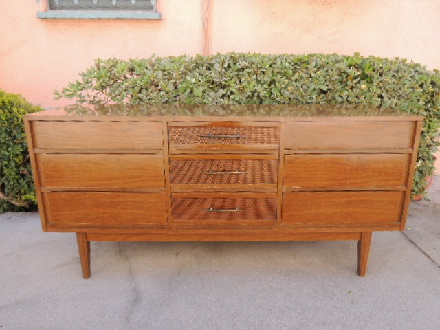 mid century modern kroehler 9 drawer dresser or changing table los angeles via etsy. Black Bedroom Furniture Sets. Home Design Ideas