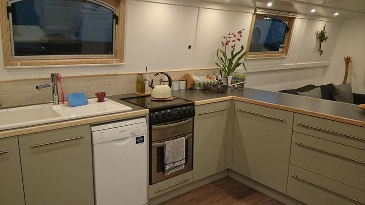 """Colecraft 60 Widebeam for sale UK, Colecraft boats for sale, Colecraft used boat sales, Colecraft Narrow Boats For Sale **Price Reduced** 60' x 12'6"""" with mooring - Apollo Duck"""