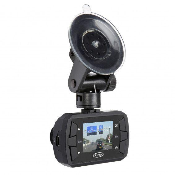 Met deze Ring dashcam RBGDC15 registreer je de autorit en is er iets gebeurd waardoor er schade aan je auto is ontstaan? Geen nood, de Ring Dashcam heeft het allemaal opgenomen. De Ring Dashcam is een stand-alone HD recorder met een 1.5 inch LCD-scherm. Door de beeldhoek van 120 graden neemt de dashcam niet alleen de weg, maar ook de omgeving op. De camera start automatisch wanneer je de auto start, en schakelt zichzelf uit wanneer je de motor uitzet.