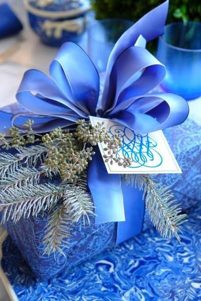 """Résultat de recherche d'images pour """"paquet cadeau de noel bleu"""""""