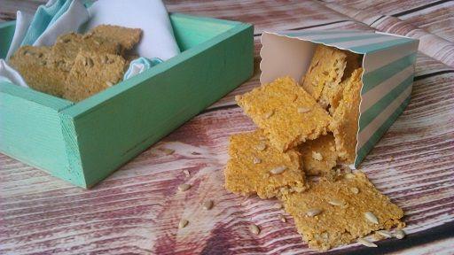 Szotyis sajtos keksz egyszerűen, olcsón (gluténmentes, tojásmentes, zsírszegény)