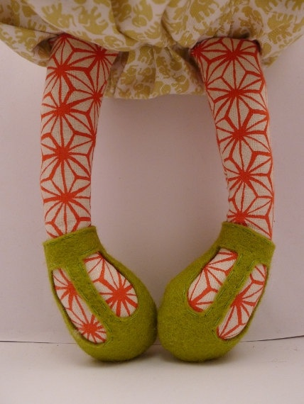 I never would have thought of this...but colored fabric for the legs makes instant stockings on a doll...how lovely...Ida - handmade cloth doll, rag doll
