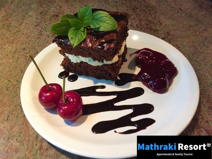 A tasty chocolate cake with cream cheese filling and fresh fruit! By Leonie #Chocolate #Cake #Dessert #cherry #Delicious #Mathraki #Resort #Gouvia #Corfu #Greece #Foodart