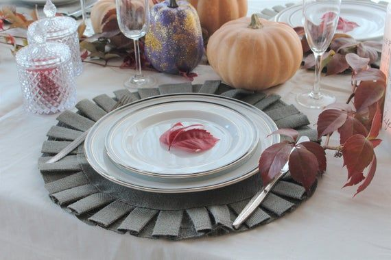 Gray Ruffles Burlap Placemat 16 Diameter Home Etsy Placemats Thanksgiving Placemats Thanksgiving Table Settings