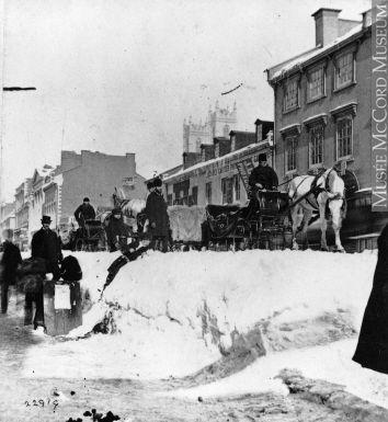 Des bancs de neige sur Craig en 1868. Gérer la neige à la pelle.