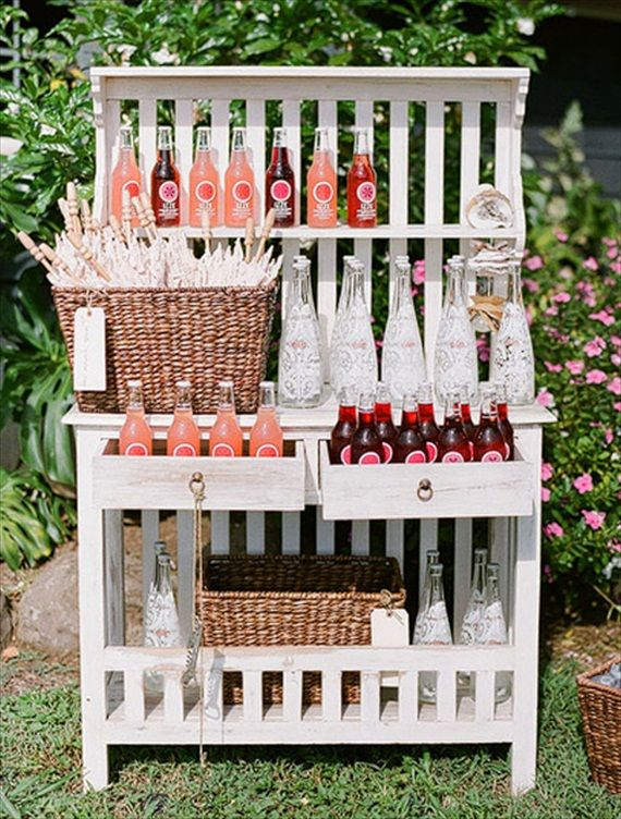 wedding drinks station idea