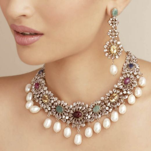 281 best jewellery images on pinterest indian jewelry jewellery designs and bridal jewellery Design and style fashion jewelry