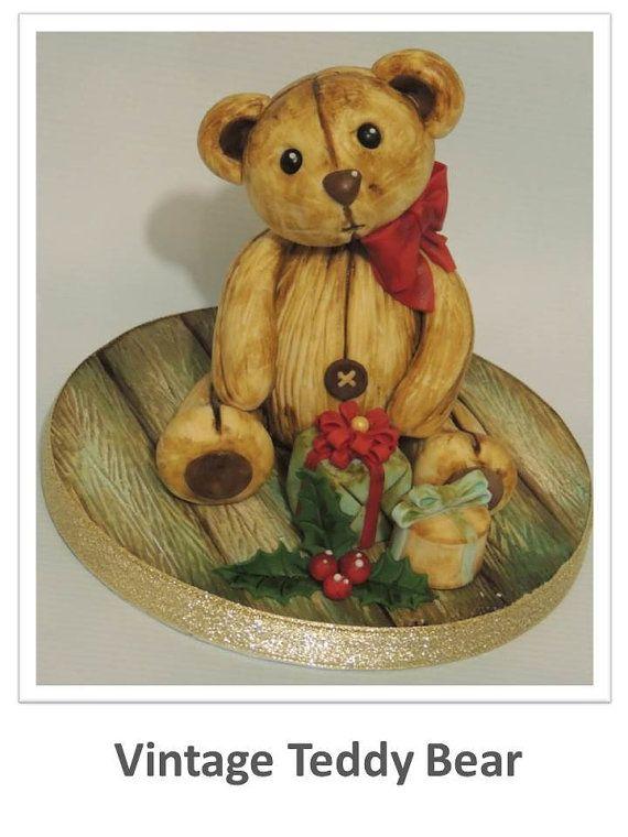 Little Christmas Birdhouse Topper Tutorial by ShereensCakesandBake