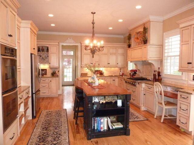 30 best vicostone quartz images on pinterest kitchen for Top haus countertops