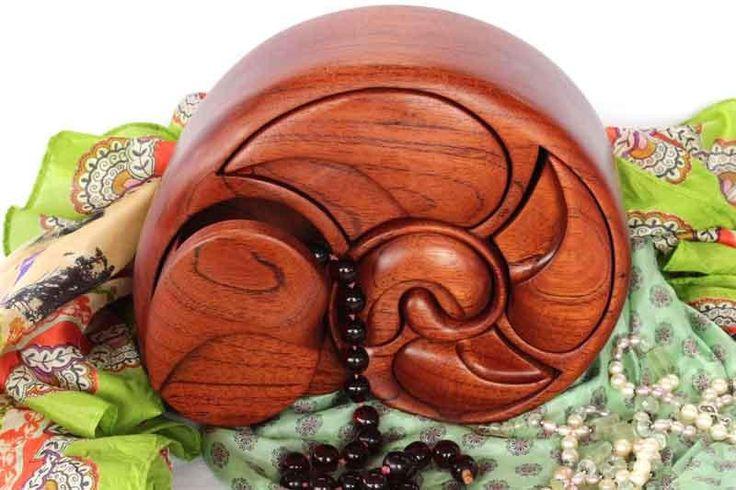 Buy Alan Williams 5 Drawer Conch Jewellery Box Online   Australian Woodwork