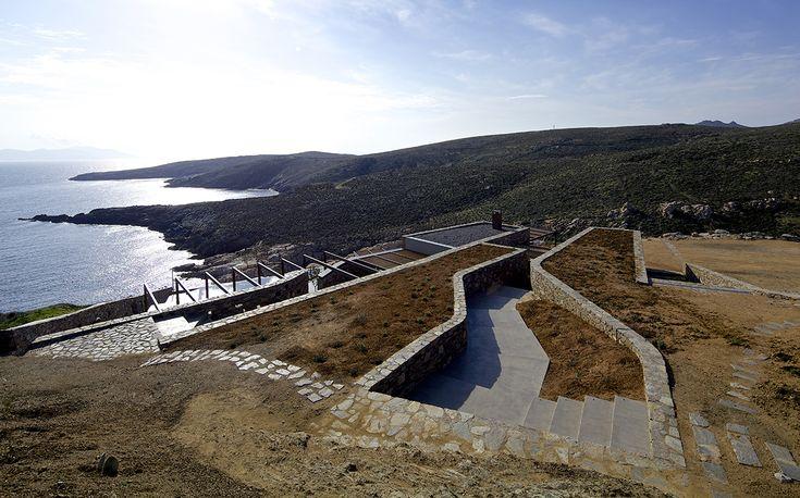 Μια σύγχρονη κατοικία με ξερολιθιές στη Σέριφο | GRAPHICO | DESIGN & ΑΡΧΙΤΕΚΤΟΝΙΚΗ | Blogs | LiFO