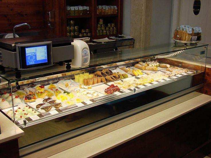Desayuno ligero en #Roma #DionisioPimiento #Food #Foodie