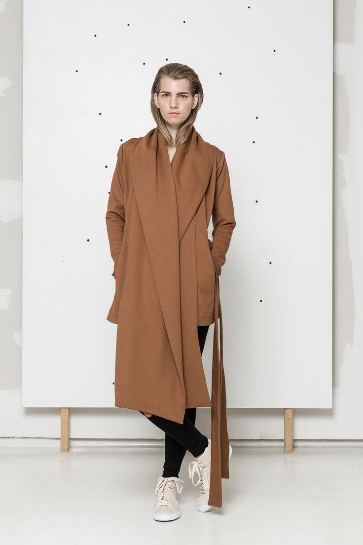 rusty coat   www.hanazarubova.cz
