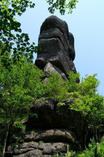 Зубы Дракона – #Россия #Приморский_край (#RU_PRI) Уникальная гряда каменных изваяний, растянувшаяся на 5 километров вдоль хребта, чем-то напоминает Великую Китайскую стену.  #достопримечательности #путешествия #туризм http://ru.esosedi.org/RU/PRI/1000054570/zubyi_drakona/