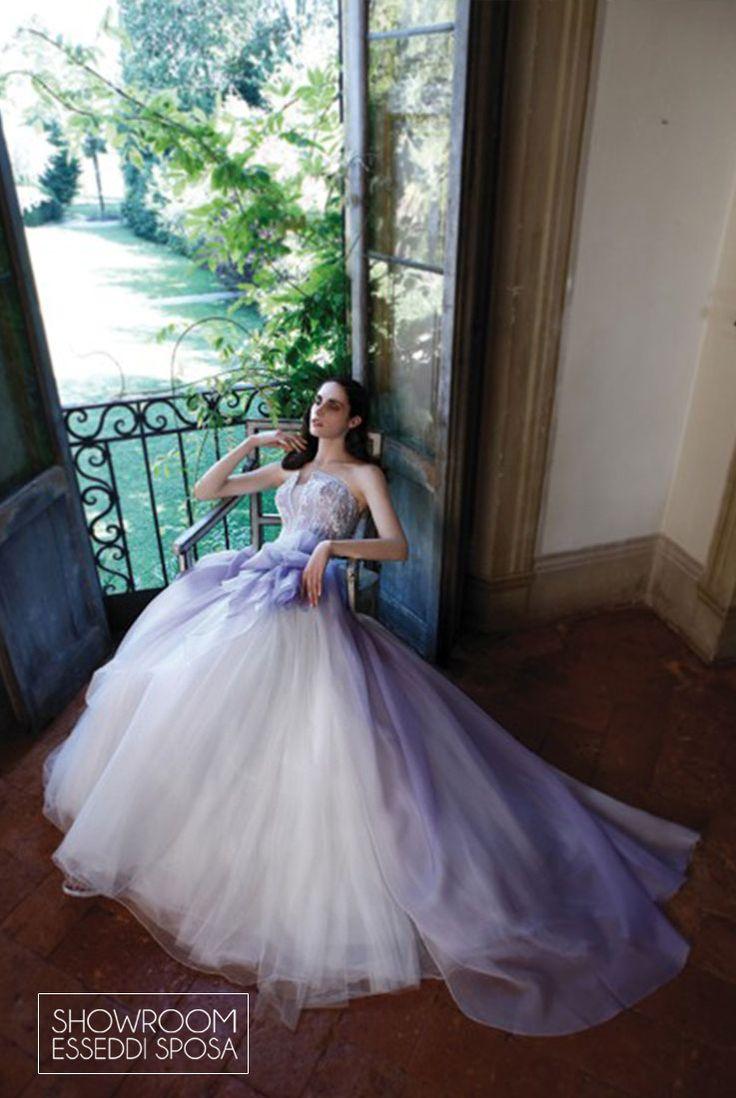 Collezione Abiti da sposa Flowers. Disponibile presso Showroom Esseddi Sposa. Visita il sito: www.esseddisposa.it/