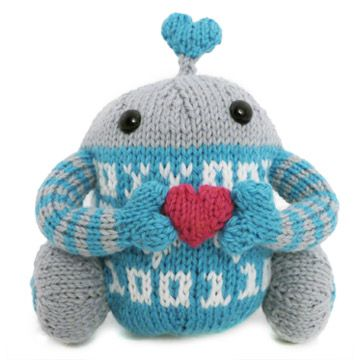 Luvbots Pattern  These amorous androids are head over wheels for each other! Knit them for the one you love to bits.