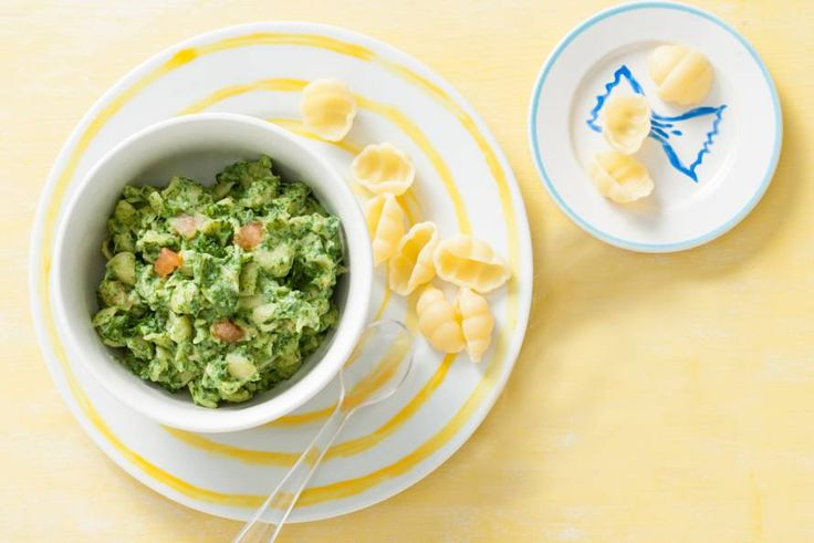 Kijk wat een lekker recept ik heb gevonden op Allerhande! Opperdepop: pasta met spinazieroomsaus 10-12 mnd