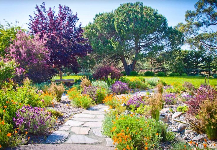 Spectacular Gardens and Landscaping (Photos)