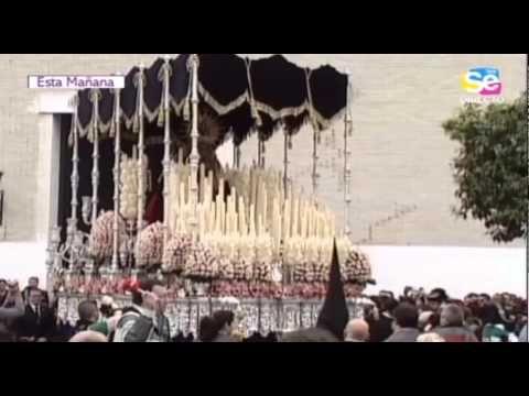 """""""La Virgen del Rosario"""". Parroquia de San Ignacio. Semana Santa Sevilla 2013. Lunes Santo. - http://www.nopasc.org/la-virgen-del-rosario-parroquia-de-san-ignacio-semana-santa-sevilla-2013-lunes-santo/"""