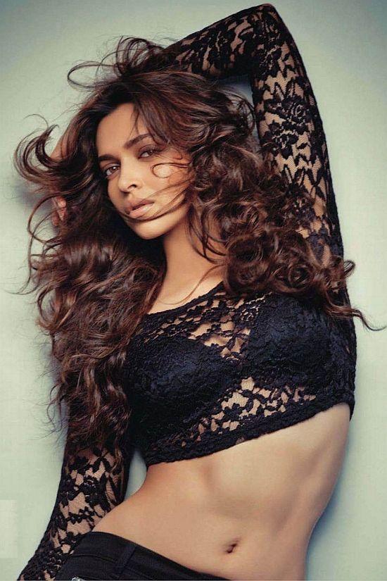 Beautiful Bollywood actress Deepika Padukone