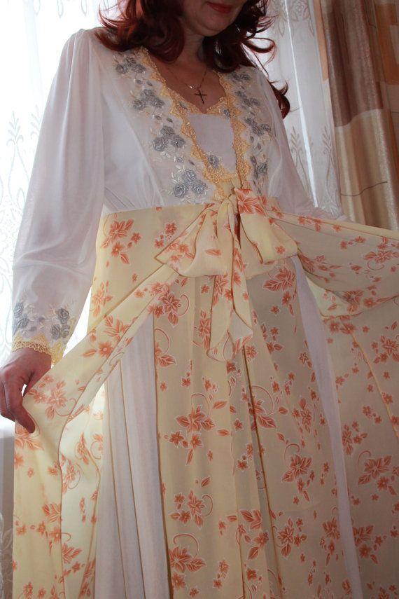 Пеньюар и сорочка Золотое кружево.Красивый комплект от LaceAmyr, $249.00