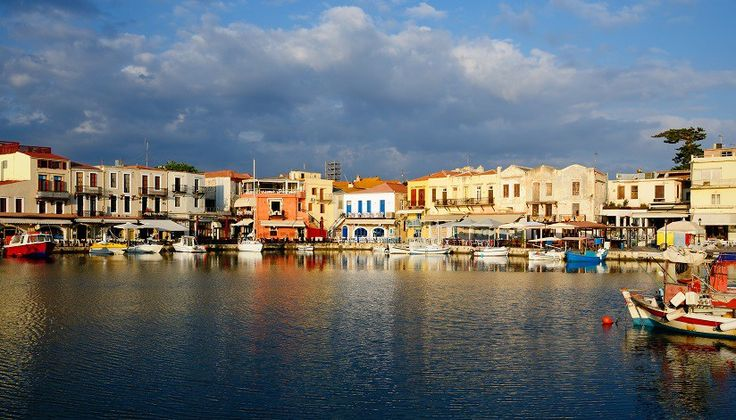 Take a look at why an autumn visit to Rethymnon in #Crete is a great idea for a half-term break.