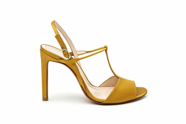 Santoni | T- bar #sandal http://santonishoes.com/it/sandalo-58084.html