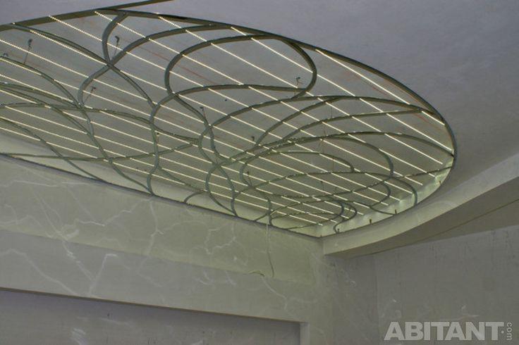 Подвесной витражный потолок в спальне. Новости Евгения Соколова