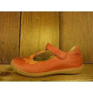"""Die ersten Schuh""""blüten"""" strecken ihre Köpfe ins Licht: Neu im Programm: Kickers Kinderschuhe Ballerina Cakemi orange für kleine Traumtänzerinnen von Gr. 24 -34 bei Shoes4us frisch eingetroffen. Natürlich alles aus Leder und in Europa hergestellt."""