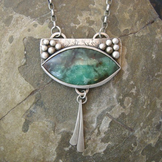 Australian Chrysoprase Cabochon Necklace with Sterling Silver Chain. 00169