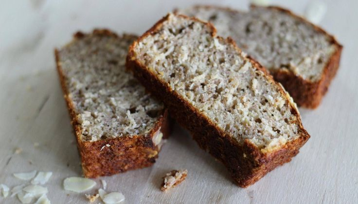 Bananenbrood kun je eten als ontbijt of lunch, maar is ook het ideale (gezonde) tussendoortje. Het vult enorm en is …