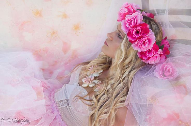 Fairytale Beauty #fairytale #pink #flowercrown #blonde #photography #fashion #fashionphotography #tulle # accessories #paulineniarchouphotography #beauty #beautyful #flowers #pinkflowers