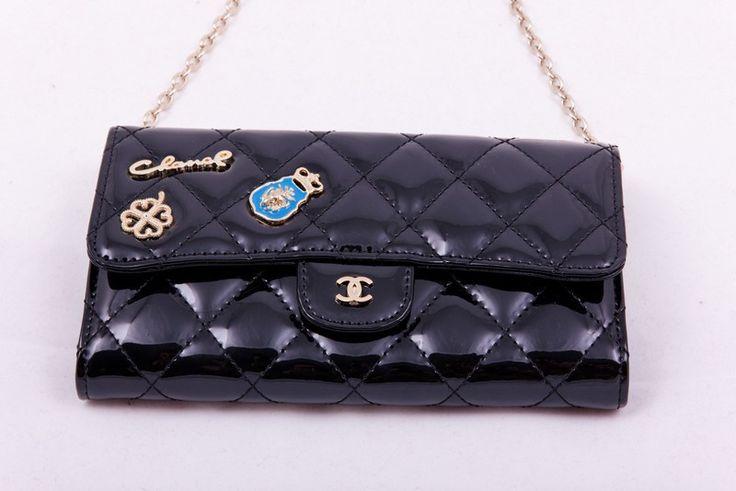 Кошелек-клатч Chanel на цепочке из натуральной кожи с лаковым покрытием. Размер 19х11х4см #19363