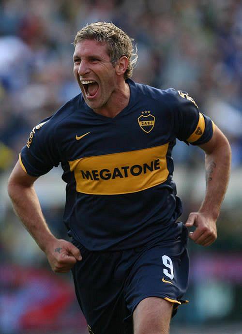 """Martin PALERMO """"el Loco"""" 1992–1997 Estudiantes de La Plata ARG, 1997–2000 BOCA JUNIORS ARG, 2001–2003 Villarreal SPA, 2003–2004 Betis SPA, 2004 Alavés SPA, 2004–2011 BOCA JUNIORS ARG"""