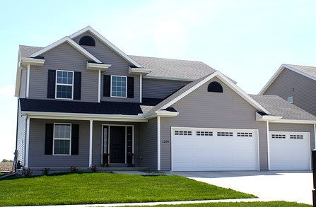 1000 Ideas About Grey Siding House On Pinterest Exterior House Colors Gray Siding And Stone
