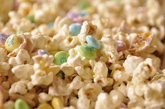 Bunco White Chocolate and Frito Popcorn..... hmm, may have to give it a try!