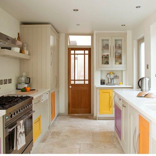 Att göra förändringar i köket behöver inte innebära hantverkare och en kostsam budget. Här är 39 enkla knep som förnyar ditt kök på ett eller annat sätt.