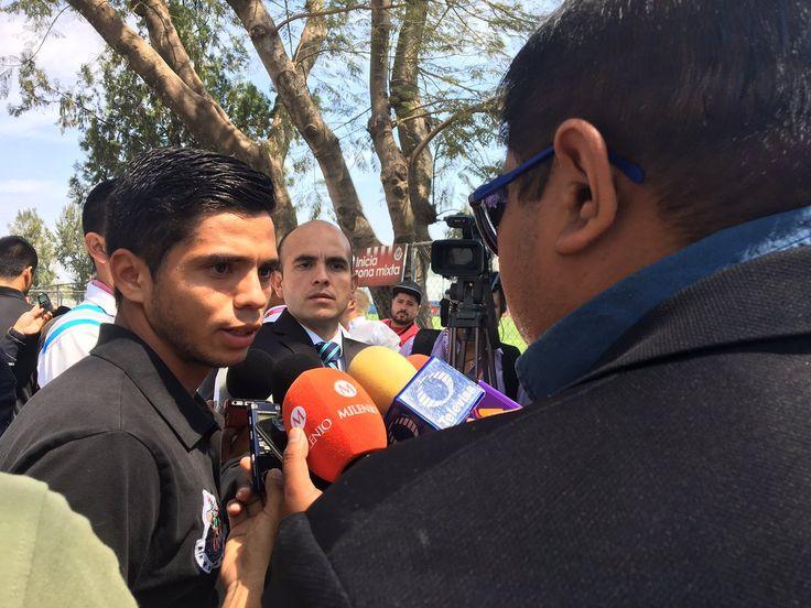 LLEGAR A CHIVAS FUE MUY DURO: MICHELLE BENÍTEZ El volante ofensivo observa su camino en retrospectiva y dice que valió la pena el sacrificio. Fue el sábado pasado ante Toluca cuando vio sus primeros minutos en Liga.