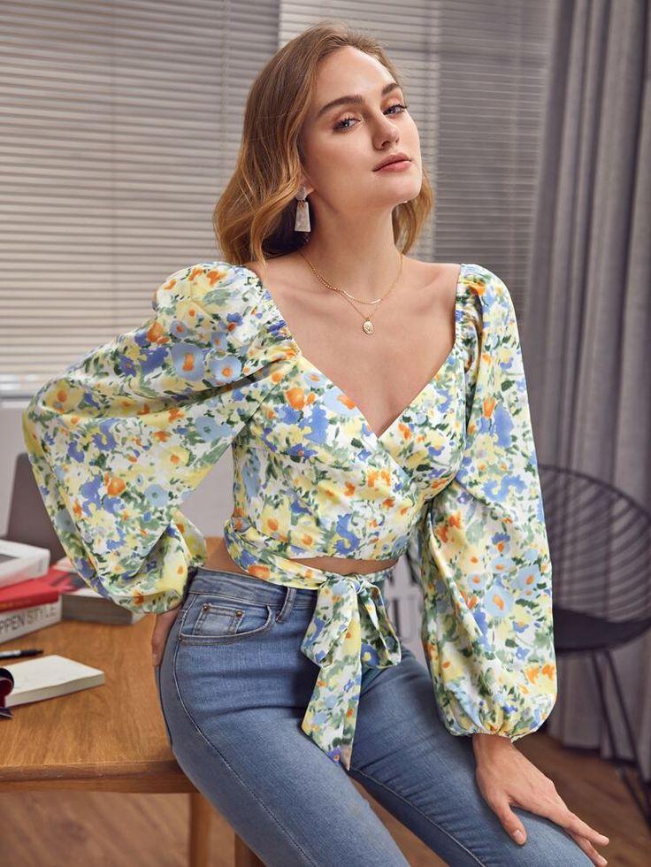 SHEIN เสื้อเบลาส์ ครอส ดอกไม้ มัลติคัลเลอร์ โบโฮ in 2021   Fashion tops blouse, Fashion design clothes, Trendy fashion tops