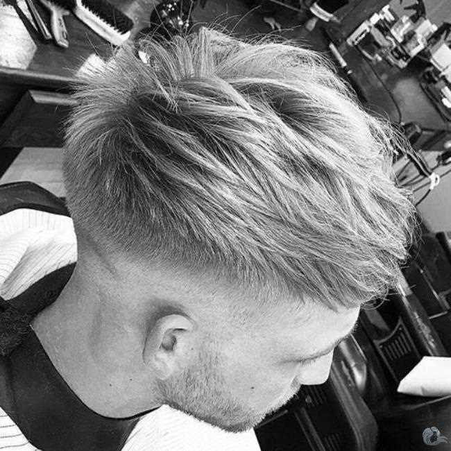 33 Frisuren für Männer mit Gerade Haar (mit Bildern ...