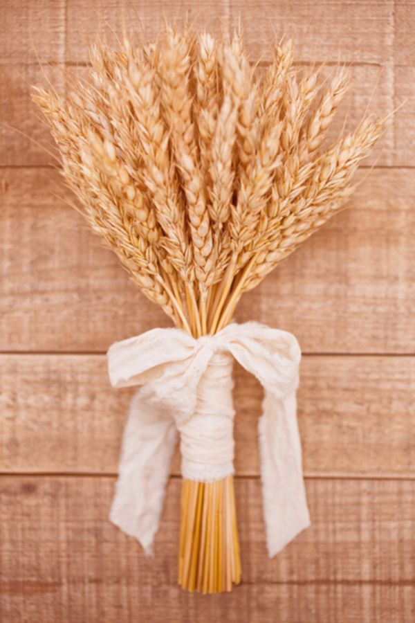Wheat bouquets are lovely for autumn weddings or country weddings! Don't forget personalized napkins for all your wedding events! #countrywedding www.napkinspersonalized.com