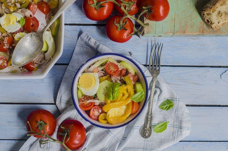 Scopri la ricetta dell'insalata nizzarda light!