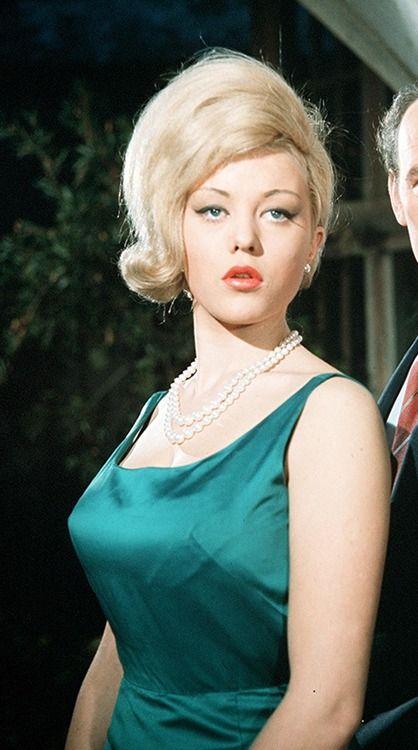 Margaret Nolan Green Dress Goldfinger Bond Girls
