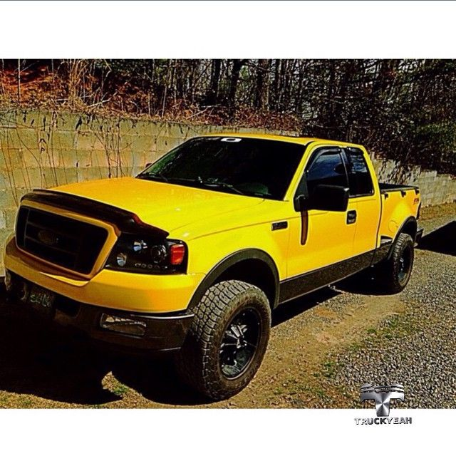 Ford F150 do nosso amigo Trucker Trevor @f15dy_life.  Badass yellow Truck! Truckyeah!   Thank you so much Trevor welcome to TruckyeahTruckers!   #ford #f150 #custom #truckyeah #truckers #picape #pickups #caminhonete #caminhão #offroad #4x4 #foradeestrada #estradadeterra #sertanejo #country #countryrock #rock #trileiros #thetimmcgraw #truckclub #camioneta #amazing #truckyeahtruckers #Lifted #F150Nation