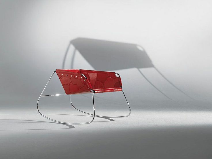 Un oggetto del passato ma rimodernizzato così da renderlo nuovo agli occhi delle nuove generazioni http://www.idfdesign.it/sedie-a-dondolo/lulu.htm ( An object of the past but modernized so as to make it again in the eyes of the younger generation ) http://www.idfdesign.com/rocking-chairs/lulu.htm [ #design #designfurniture #Airnova #SediaADondolo #RockingChairs ]