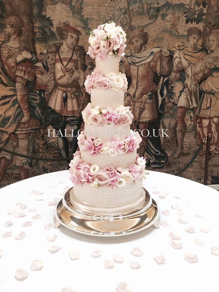 Amazing Five Tier Fresh Flower Champagne Wedding Cake By Hall Of Cakes London