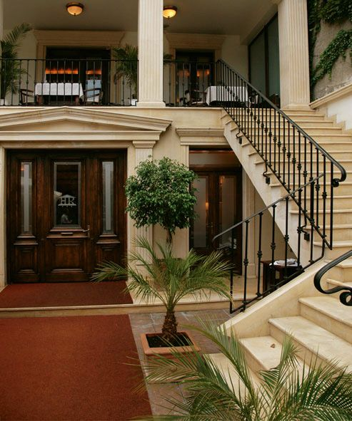 """Welcome to Residence Arc de Triomphe """"Business & Wellness"""" Hotel."""