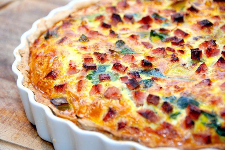 Madplan uge 10 med lækre forslag til aftensmad alle ugens dage. Her er både pasta, fisk, kylling og god weekendmad, så lad dig inspirere. Madplan uge 10 giver dig syv gode retter, der alle er nemme…