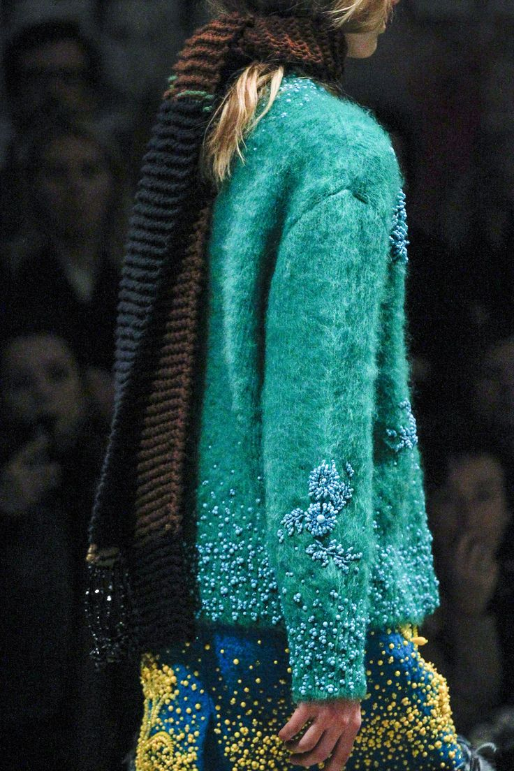 Beaded fringe at scarf ends; scarf texture reminds me of Tunisian crochet. Prada Fall 2017 Ready-to-Wear Accessories Photos - Vogue