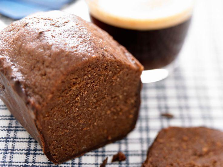 Découvrez la recette Cake café et chocolat sur cuisineactuelle.fr.